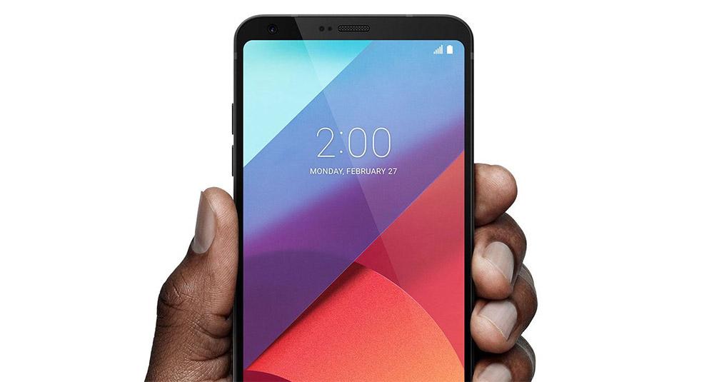 LG presenta Q8 lo smartphone per creare contenuti multimediali